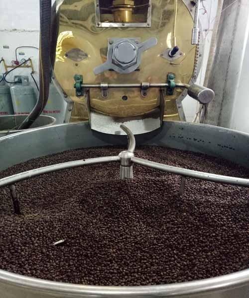 xưởng rang cà phê sạch